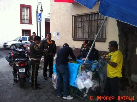 Mariachis_Tacos